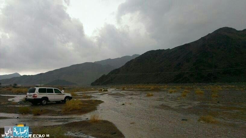 أمطار غزيرة على بدا الآن ( صور+ فيديو )