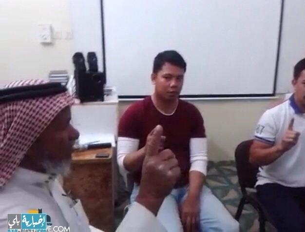 عدد من الجالية الفلبينية يعلنوا إسلامهم في مدينة الوجه
