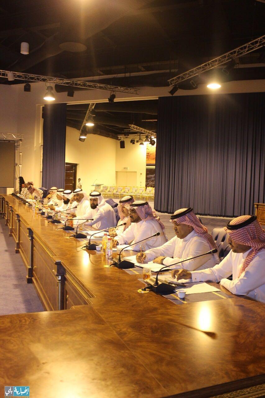 المجلس البلدي بمنطقة تبوك يعقد اجتماعه الـ 24