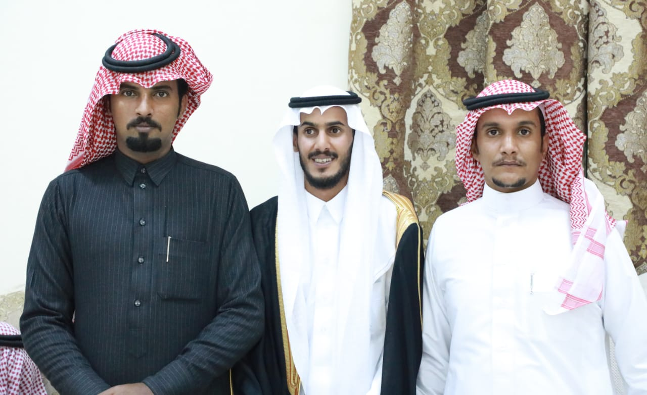 تغطية زواج / محمد سعد الحمري البلوي 2804bc17 3c21 4178 b492 c0a1b83fbffc