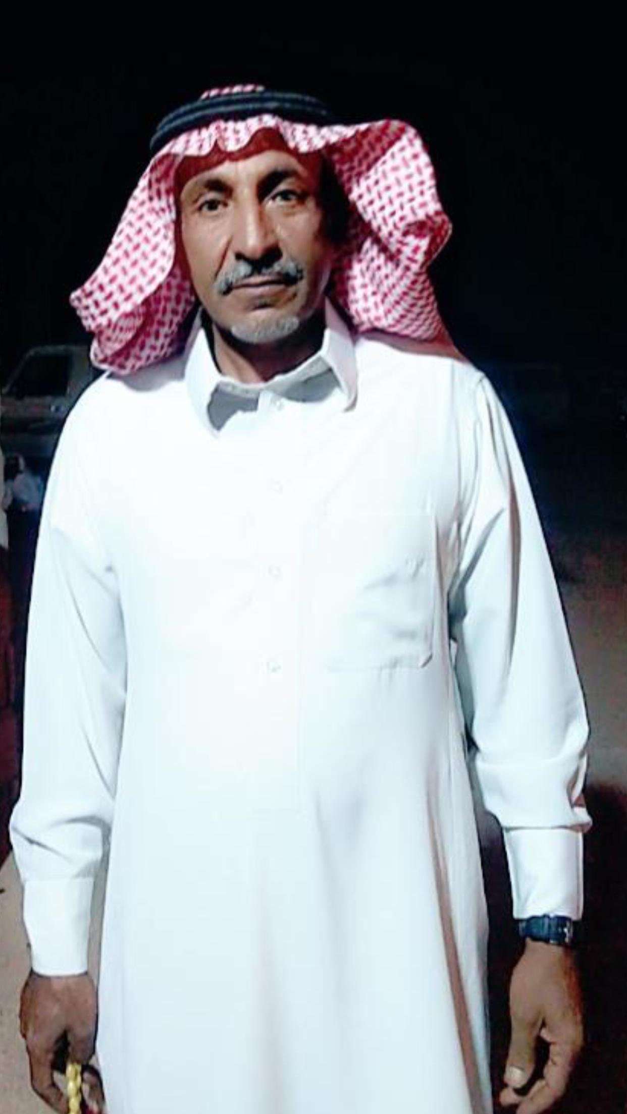 الشاب / حمدان فرج الجحم البلوي يحتفل بزواجه 084DAD36 CC81 4E65 A92C 81728D13D036