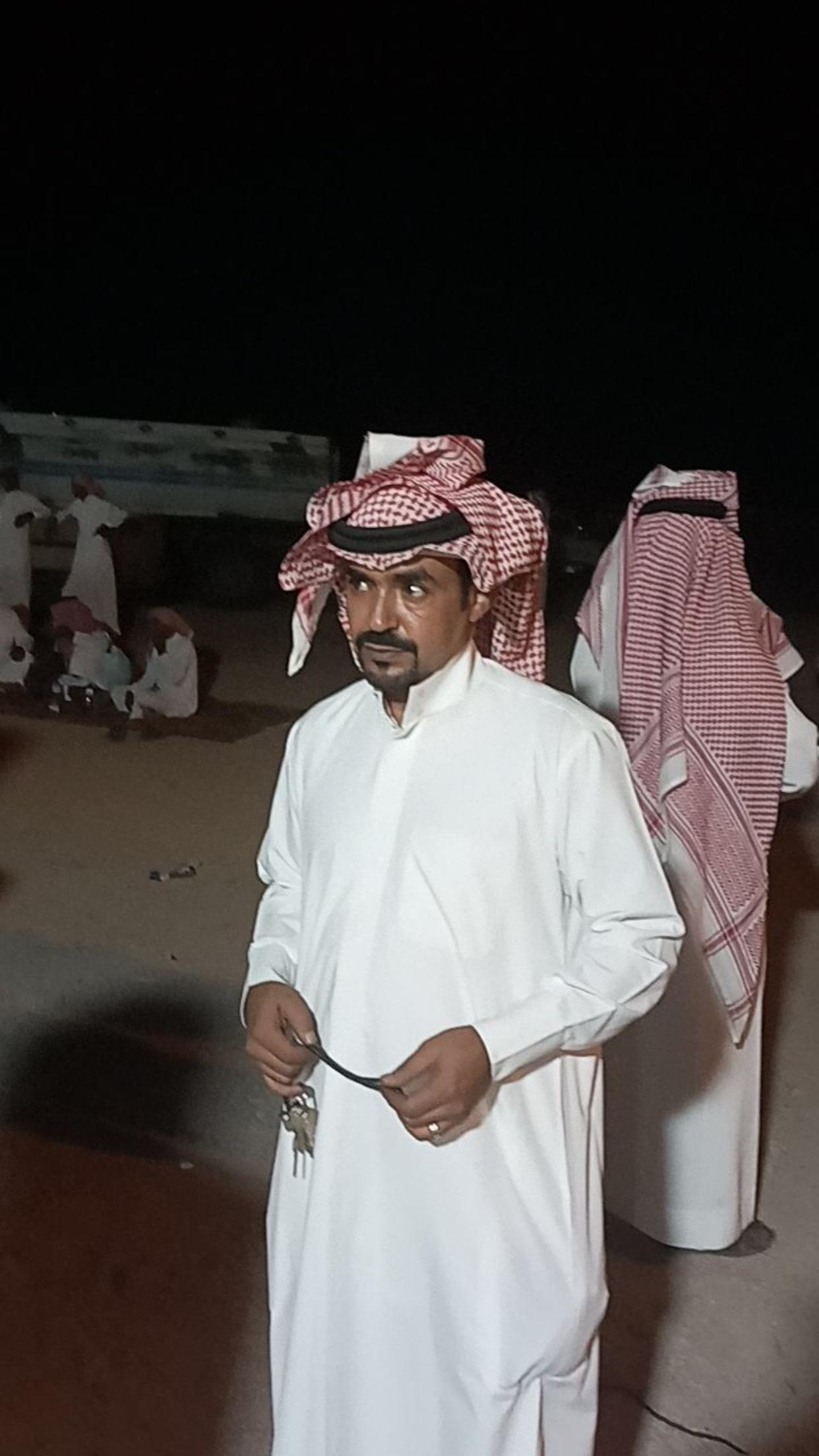 الشاب / حمدان فرج الجحم البلوي يحتفل بزواجه 155D78A2 EBE8 42DB A55F 12A1B728B9A2