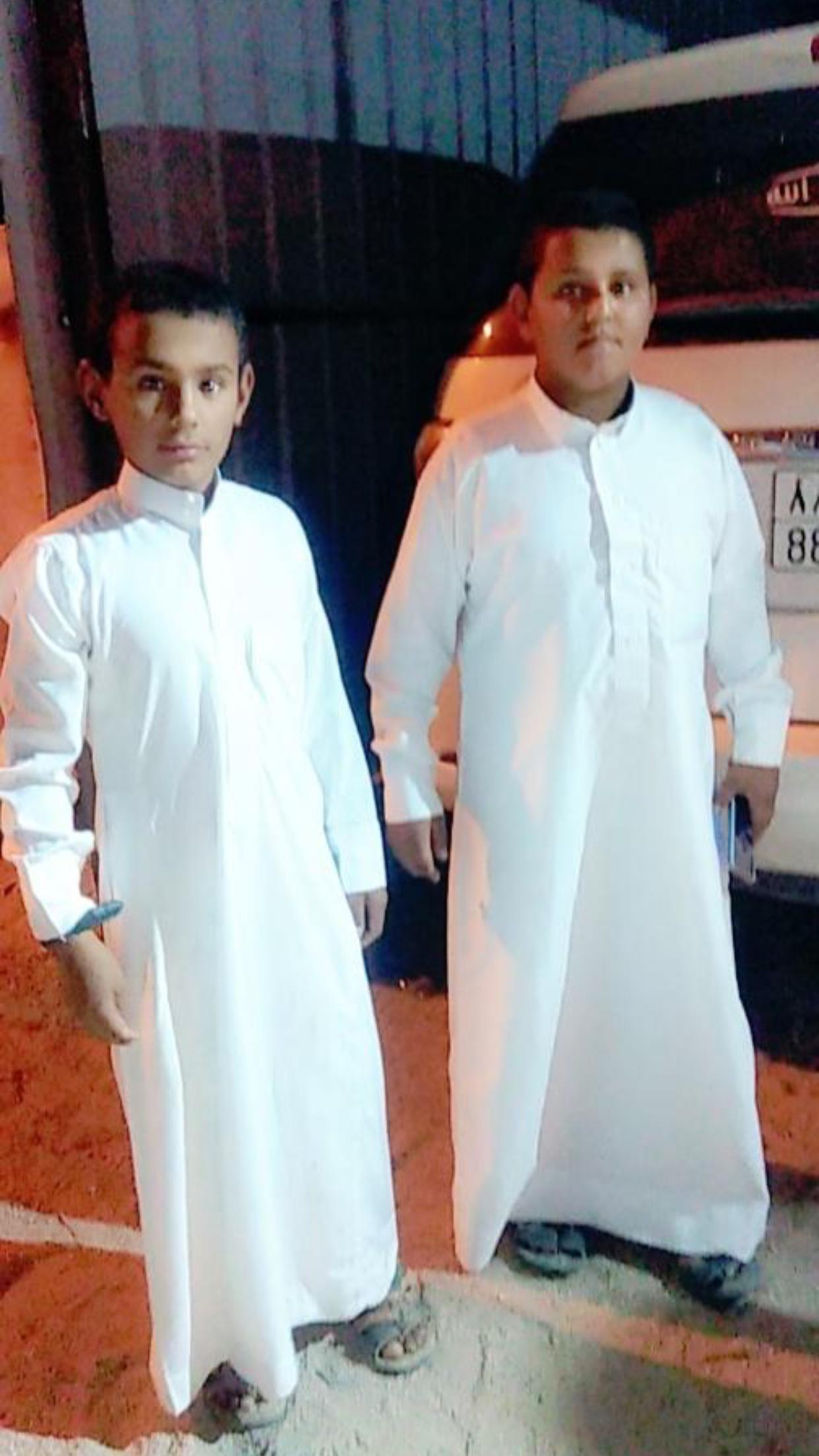 الشاب / حمدان فرج الجحم البلوي يحتفل بزواجه 28EE88E1 C18D 4C7F 9478 6688B552170B