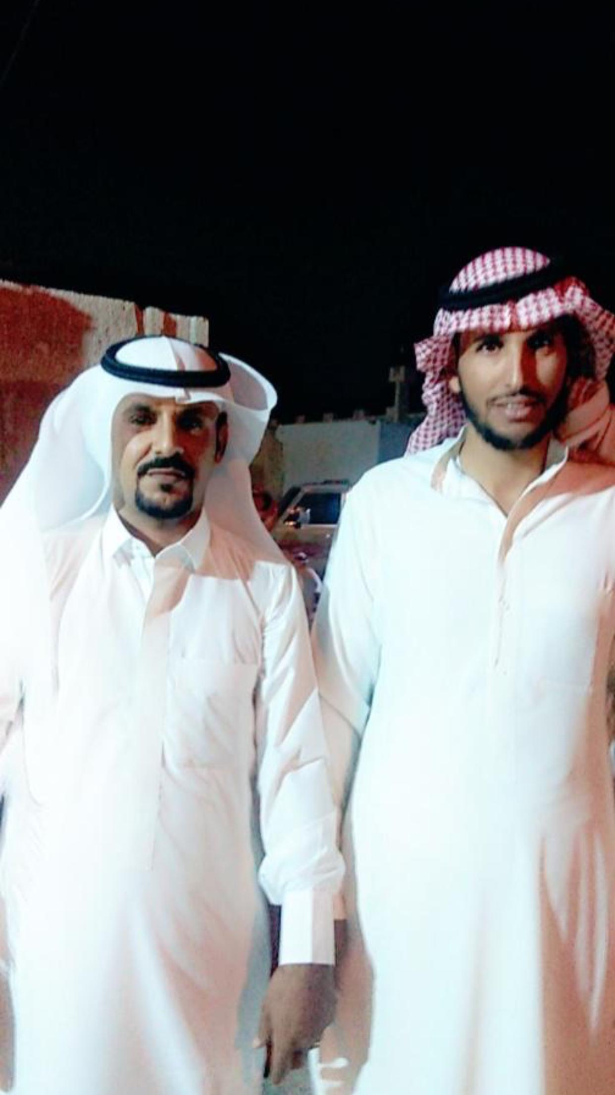 الشاب / حمدان فرج الجحم البلوي يحتفل بزواجه 32BBE157 CF95 454D 996B 739C13F828C1