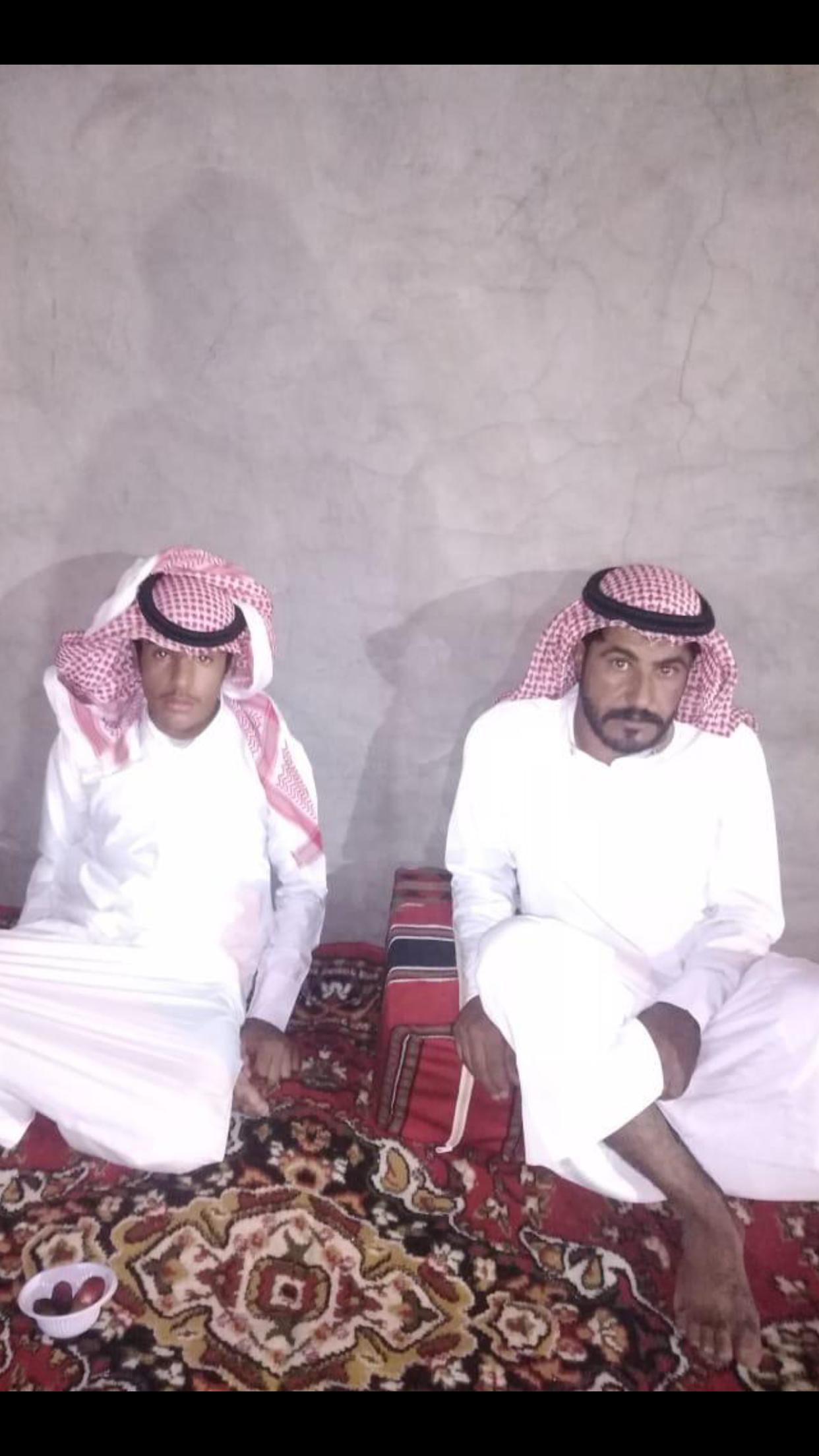 الشاب / حمدان فرج الجحم البلوي يحتفل بزواجه 41B5059D F43D 41CF 96AC 3148581FD468