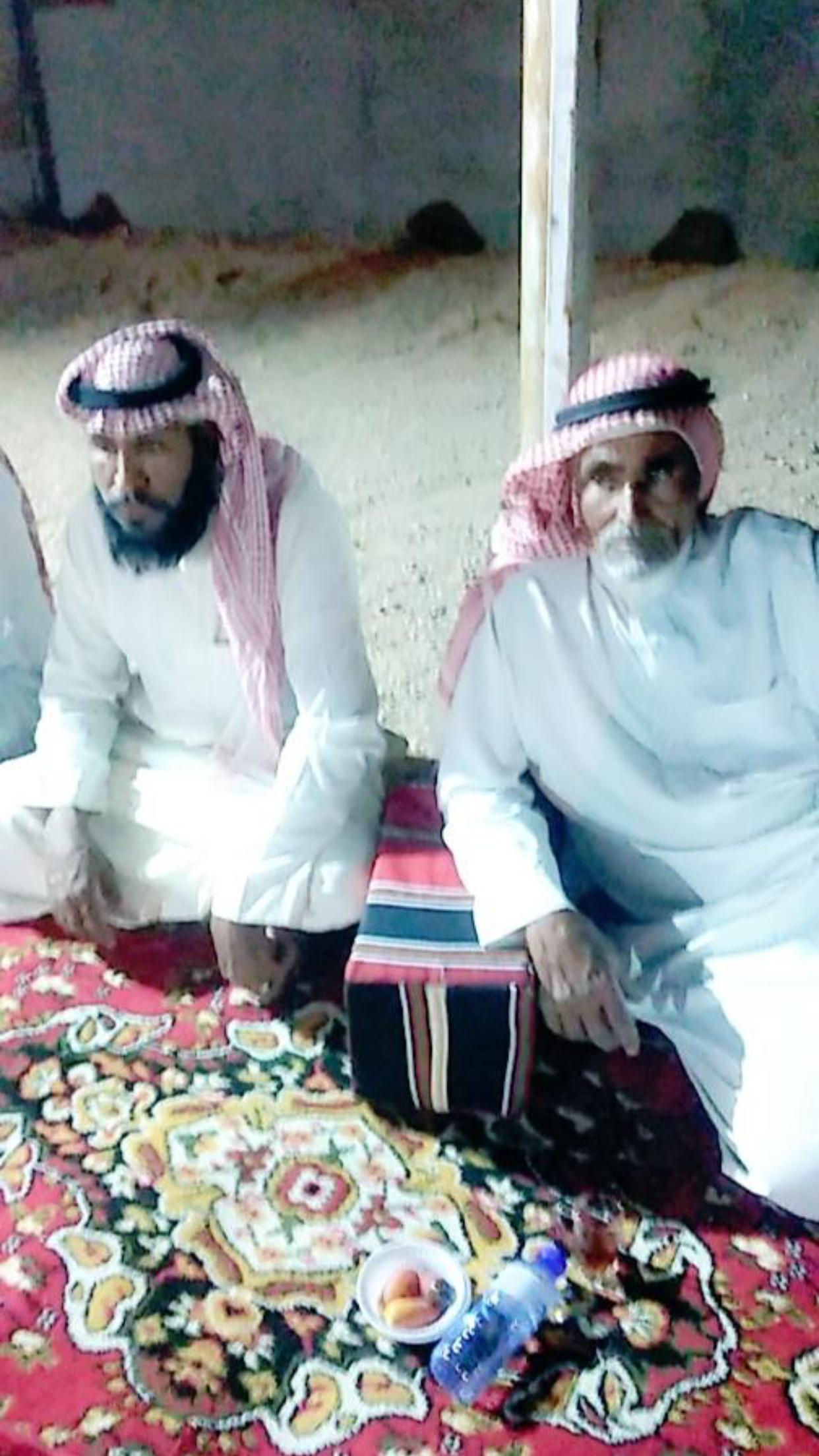 الشاب / حمدان فرج الجحم البلوي يحتفل بزواجه 48CDF07B 1B51 4ED4 87A5 528A2E2F5528