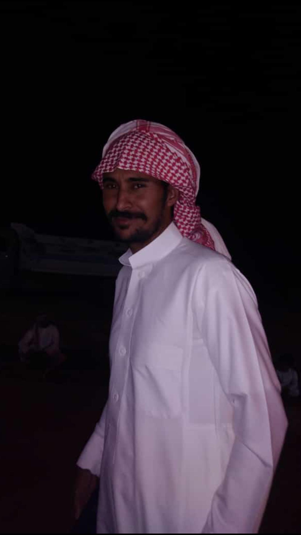 الشاب / حمدان فرج الجحم البلوي يحتفل بزواجه 82B49536 B05D 4A62 B0A7 E8A19F366DB8