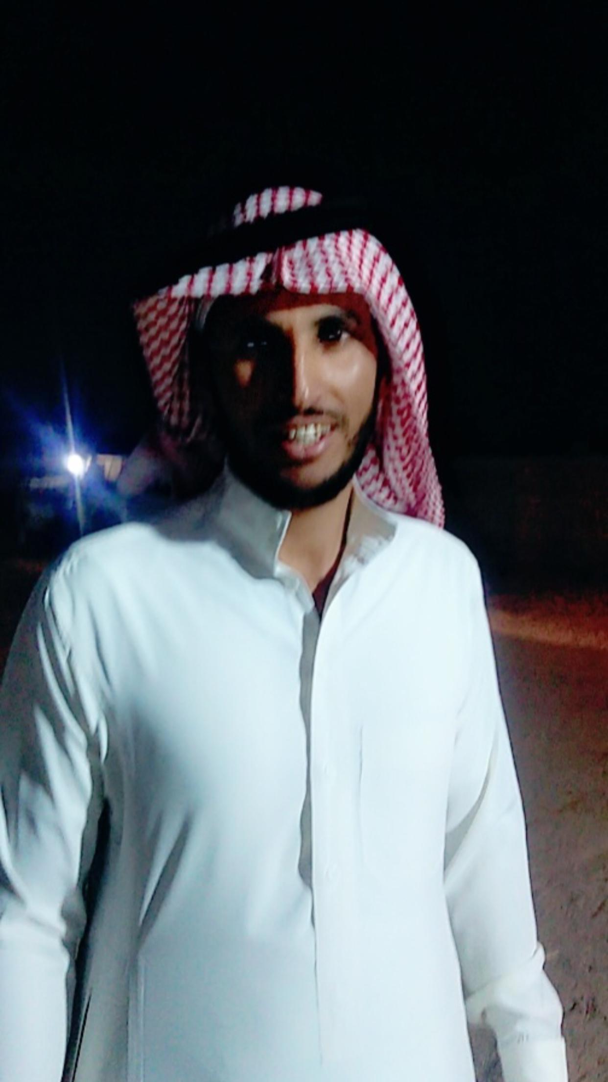 الشاب / حمدان فرج الجحم البلوي يحتفل بزواجه 9218F9C8 00E2 4117 B635 1886716BC4F9