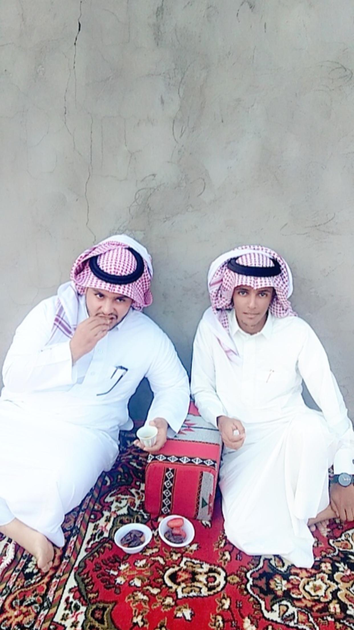 الشاب / حمدان فرج الجحم البلوي يحتفل بزواجه CF498B36 A7BC 4589 881F 9FCF7A362A68