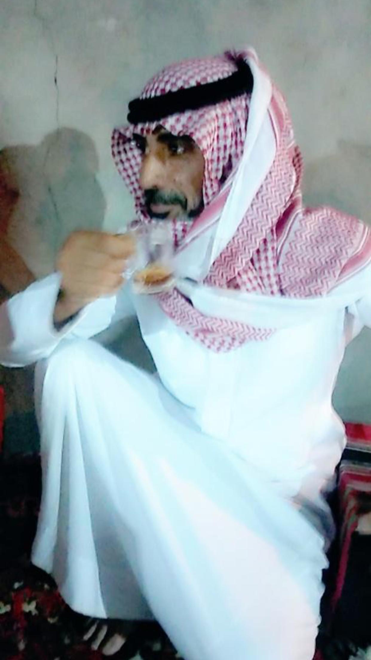 الشاب / حمدان فرج الجحم البلوي يحتفل بزواجه F324A456 45D2 43BC 8093 432155658B4F