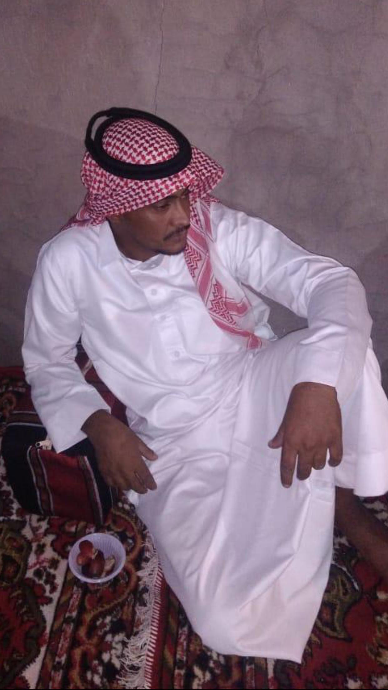 الشاب / حمدان فرج الجحم البلوي يحتفل بزواجه F9AC0403 F2CE 4468 B12C 297DC2D91A9B